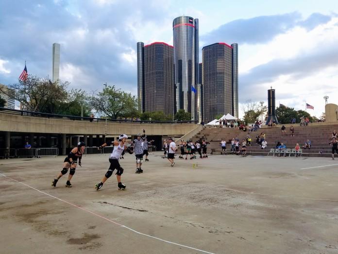 Detroit Roller Derby @ Hart Plaza